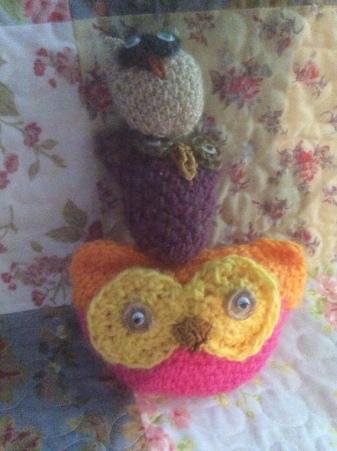 3 vertical owls
